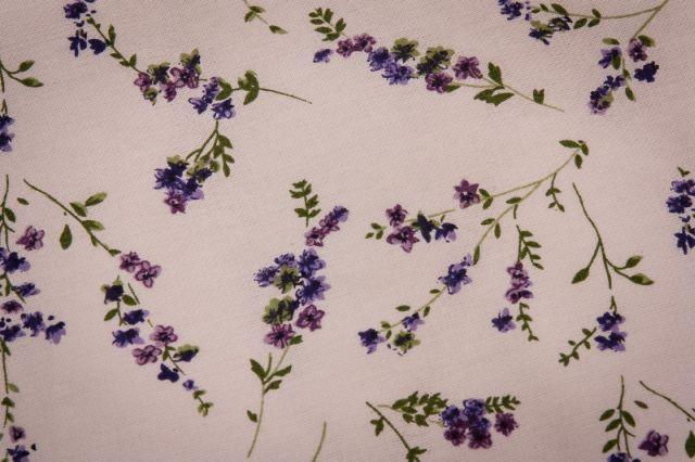 Ako vniesť do spálne atmosféru levanduľových polí 4