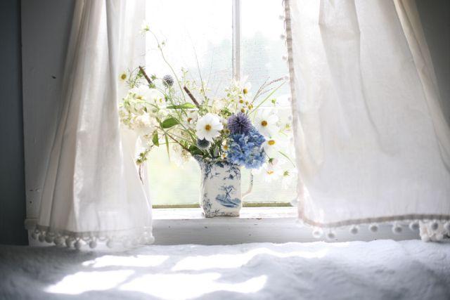 Aby bol domov svieži, čistý a zdravý – starostlivosť o obliečky a záclony