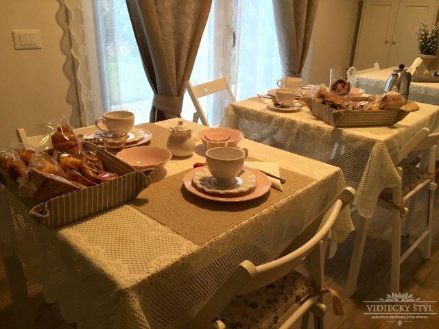 Útulné ubytovanie s raňajkami v sychravých Benátkach 10