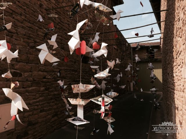 Festival otvárajúci brány do tajomných lokálnych dvorov vo Francúzsku 4