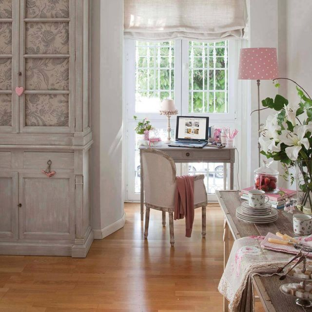 Vytvorte si doma príjemné a kreatívne miesto na prácu 1