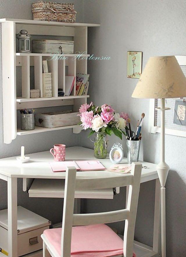 Vytvorte si doma príjemné a kreatívne miesto na prácu 4